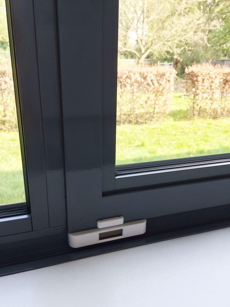 domotica sensoren - sensor voor ramen en deuren